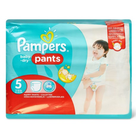 Pack 26 Couches Pampers Baby Dry Pants taille 5 sur 123 Couches